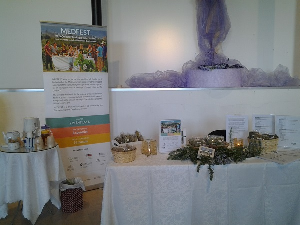 MEDFEST_Herbs_of_Christmas_Hospitality_Table_-_Copy.jpg